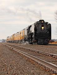 Waiting at State Line (GLC 392) Tags: up upp union pacific railroad railway train steam northern locomotive emd e9a e9 e9b state line colorado nebraska julesburg 844 484 951 949 963b passenger 50th anniversary