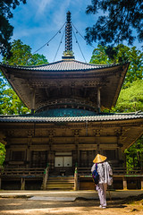 Koyasan, Wakayama Prefecture, Japan (David Ducoin) Tags: asia boudhism japan koyansan monk pilgrim religion shinto shrine temple