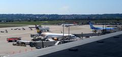 Vueling in Stuttgart (christophrohde) Tags: vueling stuttgart airport flughafen aeroporto