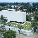 SAIGON 1967 - New United States Embassy in South Viet Nam - Tòa đại sứ mới của Mỹ tại Nam Việt Nam, bốn tháng trước Tết Mậu Thân thumbnail
