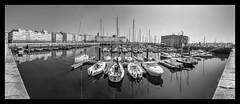 Puerto La Coruña (jetepe72) Tags: coruña puerto barcos galicia byn panoramica