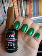 Tempestade solar - Cora (Mari Hotz) Tags: verde esmalte unha cora