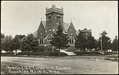 3365. Norwegian Lutheran Church, Blooming Prairie, Minnesota (National Library of Norway) Tags: nasjonalbiblioteket nationallibraryofnorway postkort postcards kirker churches dodgeandsteelecounties bloomingprairie norwegianlutheranchurch