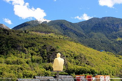 One of seven poets by Jaume Plensa (overthemoon) Tags: andorra andorre andorralavella jaumeplensa sculpture resin mountains artwork 2014