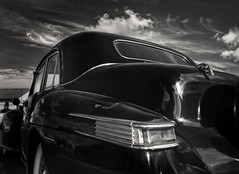 party like it's 1942 (** RCB **) Tags: 1942lincolncontinental v12 blackcar lincolncontinental fordmotorcompany vehicle sky iron fe