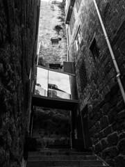 Porto - Portugal (Francisco (PortoPortugal)) Tags: 1112017 20161022fpbo4298 unescoworldheritagesite centrohistórico historicalcentre porto portugal pb nb bw portografiaassociaçãofotográficadoporto monochrome franciscooliveira