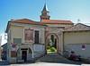 Coiromonte (NO) m. 810 - Ingresso chiesa parrocchiale (frank28883) Tags: armeno coiromonte novara chiesa ingresso cancello