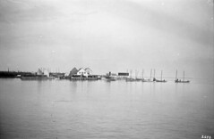 Lake Winnipeg - Warren Landing, 1913 [LAC] (vintage.winnipeg) Tags: vintage history historic manitoba canada lakewinnipeg