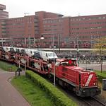 20170503 DBC 6454 + autotrein, Amersfoort thumbnail