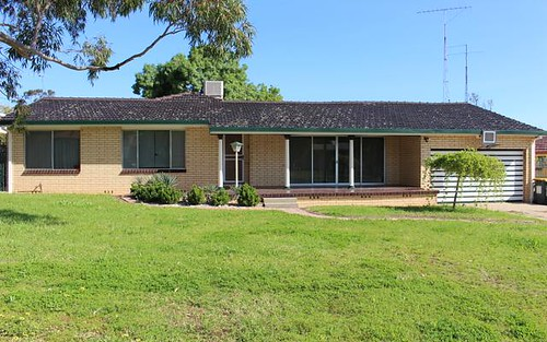 32 Drummond St, Leeton NSW 2705