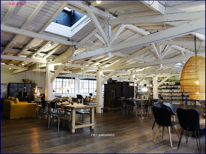 巴黎 Merci . Used Book Cafe (29).JPG