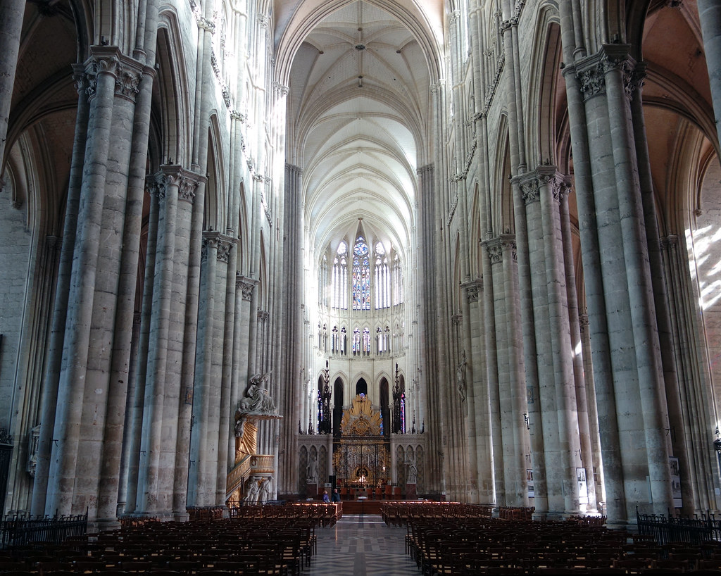 amiens cathedral essay Gothic works as the amiens cathedral were under construction (begun 1220) (see also index: gothic architecture, music, history of) the development of proto.