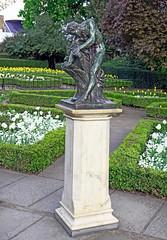 Milo of Croton (Russtafa) Tags: sculpture art artwork publicart