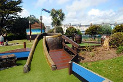 Pirates Plunder (zawtowers) Tags: littlehampton west sussex south coast england seaside town resort dry sunny blue skies sunshine saturday 20th may 2017 exploring buccaneer bay norfolk gardens crazy golf adventure mini longest course played monster holes difficult fun playing ninth final hole 9th pirates plunder steep ramp barrel