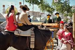 Momentos de Feria (ricardocarmonafdez) Tags: sevilla andalucia ciudad city urbano urban holidays fair aprilfair horses caballos caballistas raiders urbanscape color canon ricardocarmonafdez 60d ricardojcf ngc