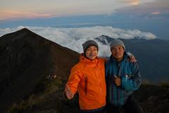 Gunung Agung (Vinchel) Tags: indonesia bali gunung agung volcano outdoor mountain trekking hiking landscape sony rx1m2 people hiker