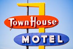 Town House Motel (Thomas Hawk) Tags: america lascruces newmexico townhousemotel usa unitedstates unitedstatesofamerica motel neon fav10 fav25 fav50