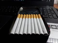 IMG_20170419_210839 (anggelo.castagnaro) Tags: sigarette marlboro cigarettes italy grunge photo