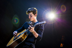 Shawn Mendes - Illuminate World Tour (MyiPop.net) Tags: shawn mendes illuminate world tour madrid concierto directo show live myipop 2017 wizink center
