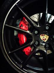 Porsche 911 (idk_photo) Tags: porsche logo wheel caliper
