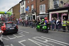 Tour De Yorkshire Stage 2 (663) (rs1979) Tags: tourdeyorkshire yorkshire cyclerace cycling teamcar teamcars tourdeyorkshire2017 tourdeyorkshire2017stage2 stage2 knaresborough harrogate nidderdale niddgorge northyorkshire highstreet