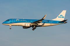 PH-EXG - KLM Cityhopper - Embraer ERJ-175STD (5B-DUS) Tags: phexg klm cityhopper embraer erj175std e170 erj e175 ams eham amsterdam schiphol international airplane airport aircraft aviation flughafen flugzeug planespotting plane spotting netherlands