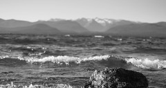 (Rodrigo Emmanuel) Tags: lago nahuel huapi bari bariloche nikon d300 naturaleza paisaje agua roca blanco negro blancoynegro bw black white