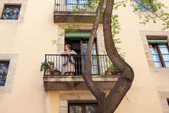 Visit Barcelona (Geraint Rowland Photography) Tags: balcony people peoplewatching observing summer relaxing chilling visitbarcelona barcelona catalonia spain europe spanishbuildings spanisharchitecture tree beautifuleurope canon canonespana