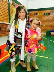 1409 (adriana.comelli) Tags: festa junina coletinhos gravatas vestidos trajes menino menina cabelo junino bandeirinhas fogueira roupas adulto jardineira cachecol