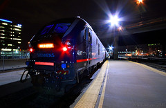 Charger at Rest (Jeff Carlson_82) Tags: amtrak amtk siemens 4611 sc44 kcus unionstation kansascity kc mo missouri nightphotography night test train railfan railroad railway