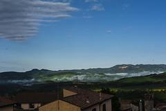 GUARDANDO LE VALLI    ----    WATCHING THE VALLEYS (Ezio Donati is ) Tags: italia italy lazio canalemonterano cielo sky valli wall valleys montidellatolfa rondin iswallos nuvole clouds mattina morning