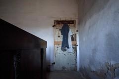 Levi's / Abandoned farmhouse (Cristianella) Tags: jeans levis abandoned farmhouse casa colonica abbandonata
