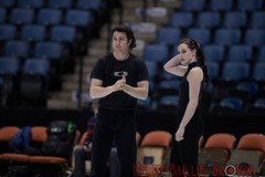 _C2I1619 (Henrybailliebro) Tags: stars ice 2017 figure skating canada canadian athlete athletic show skate skaters light lighting people sports scott moir moire tessa virtue olympians