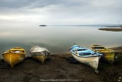 Altınoluk_Ayvalık_Cunda_Çanakkale_Gölyazı 004_3_sgn (Ozcan MALKOCER) Tags: altınolukayvalıkcundaçanakkalegölyazı0043sgn altınolukayvalıkcundaçanakkalegölyazı20150208 balikesir turkey lake water boat fishingboat island day daylight outdoor nopeople sky cloud cloudy dramaticsky colorimage photography horizontalimage horizon nature