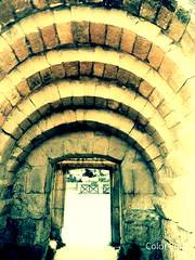 Gerasa (Jerash), Jordan (WorldExplorations) Tags: historicsite wall stone archway arch civilization earlycivilization ancientcity romancity history historic roman stonebuilding stonework ancientworld ancienthistory archeological ruins romanruins romanempire middleeast jordan jerash gerasa