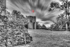 Tour du Castela 06 (Robinl81) Tags: nb black white hdr castel chateau ruine ruined brique brick monochrome tour tower