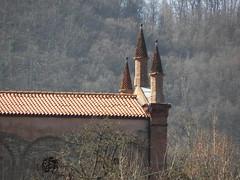 DSCN9431 (Gianluigi Roda / Photographer) Tags: earlyspring historicalsites historicalpark apennines montesole marzabotto