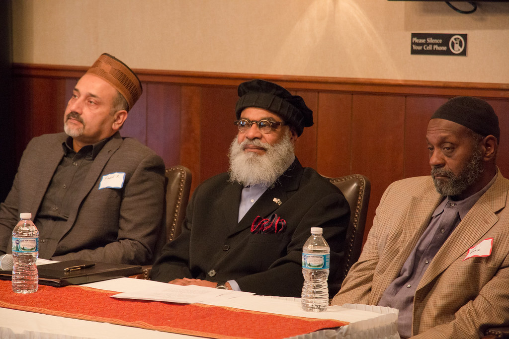 oshkosh muslim Oshkosh jamaat is a relatively small and a young jamaat oshkosh is uniquely located with three bigger jamaats (milwaukee, zion and chicago) as its closest neighbors to the south and minneapolis to the north west.