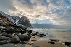 Tema Foto Lofoten dag 3 visning-1 (Tor Magnus Anfinsen) Tags: lofoten norway norge water hdr silk sunset