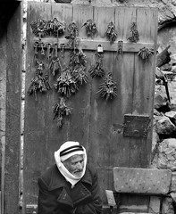 Jerusalem, Old City, 1971 (Dave Glass, Photographer) Tags: jerusalem jerusalemoldcity israel palestine eastjerusalem westbank locksmith locks keys locksandkeys damascusgate oldcityjerusalem minoltasr2 kodakplusx middleeast