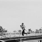 Tổng tấn công đợt 2 Tết Mậu Thân 1968 - Cầu Phan Thanh Giản, Saigon - dân chúng bỏ chạy khỏi khu vực giao tranh thumbnail