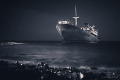 Telamon (cfaobam) Tags: lanzarote ghost ship schiff schiffswrack wrack fels ufer meer shipwreck telamon templehall