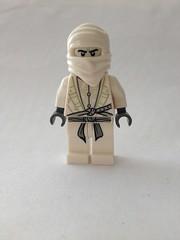 Rogueverse White Dragon (RogueTitan) Tags: white dragon marvel lego purist minifigure lords mrnegative mr negative