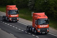 FG17 EVL - FG17 EVK (markkirk85) Tags: lorries lorry truck trucks a1 motorway a1m alconbury renault europa fg17 evl evk fg17evl fg17evk