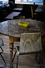 CORSE FEVRIER 2016-10279 (Philippe Murtas Watch my albums) Tags: bar pub whisky corse jb table chaise bois interieur ancien ambiance style hotel corsica j b chair wood inside former atmosphere old vieux scotch cendrier ashtray yellow jaune