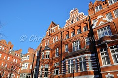 LONDON, UK: Red brick Victorian houses facades in the borough of Kensington and Chelsea (christophe.cappelli) Tags: london kensingtonandchelsea redbrick houses facades arcades architecture victorian property residential luxury unitedkingdom europe greatbritain british colorful colors