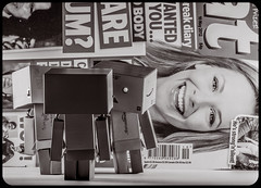 Danbo chat. (CWhatPhotos) Tags: cwhatphotos chat three together colour color photographs photograph pics pictures pic picture image images foto fotos photography artistic that have which with contain olympus epl5 box danbo danboard toy mini light shadow shadows small dambo cartoon character head