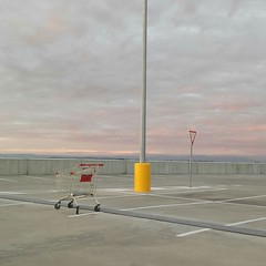 Shoppingtown Sunset (@fotodudenz) Tags: melbourne victoria australia 2017 doncaster westfield shoppingtown carpark sunset shopping trolley huawei mobile phone ascendmate7 give way sign painted lines pole
