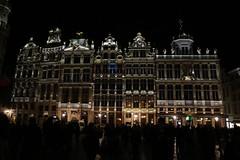 Grand Place Bruselas de noche (anvaliri) Tags: bruselas brussels bélgica belgium canon 1585 ciudad city europa europe noche night grandplace