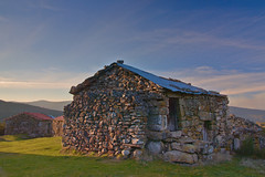 Out of order (ferreira.ajbf) Tags: old house ghosttown anta mazes portugal stone light rock nature abandoned green grass oldhouse rural deserted bluesky